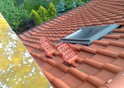 Stopnie kominiarskie ułatwiaja porusznie po dachu nie tylko kominiarzom